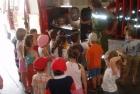 Kindergarten besucht Feuerwehr